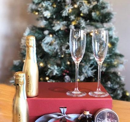 Small Biz Gift Guide – Gift Hampers and Boxes