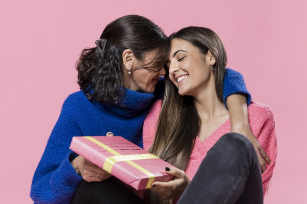 Small Biz Gift Guide – Mother's Day
