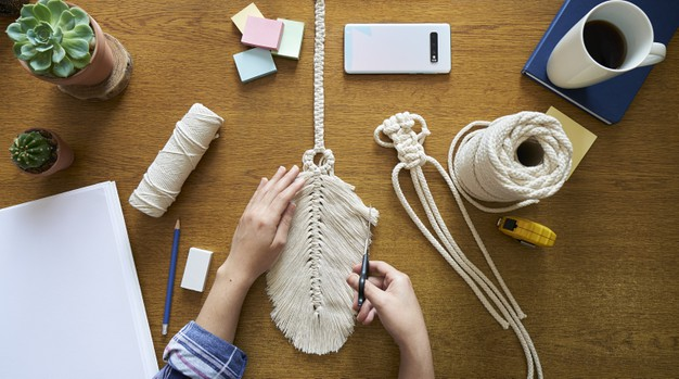 10 Creative and Crafty Kits you can do at Home
