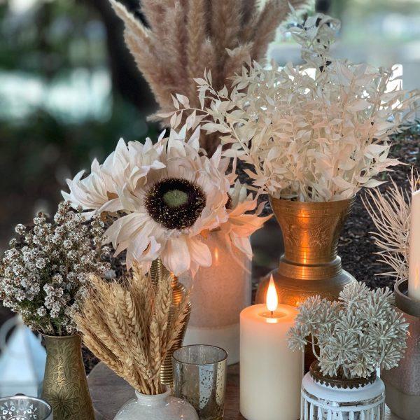 Candled setting